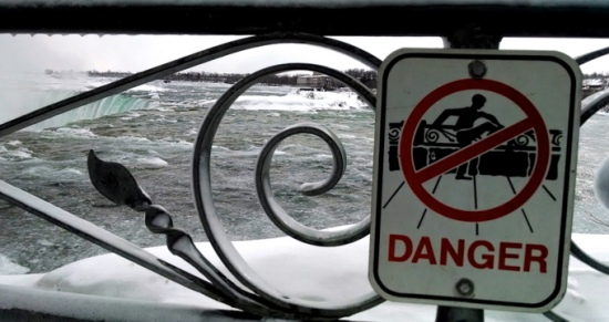 Danger sign, Niagara Falls