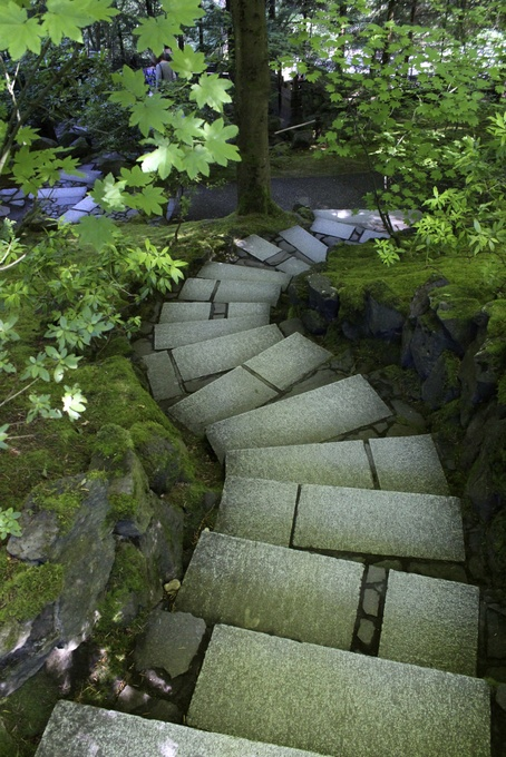 Winding path, Portland Japanese Garden