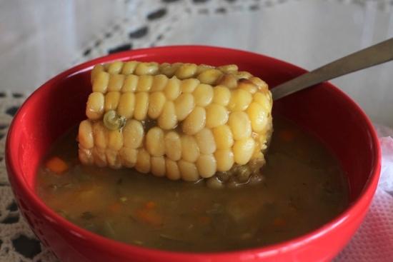 Sopa con maiz