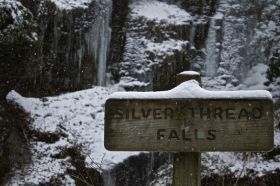 Silver Thread Falls sign winter