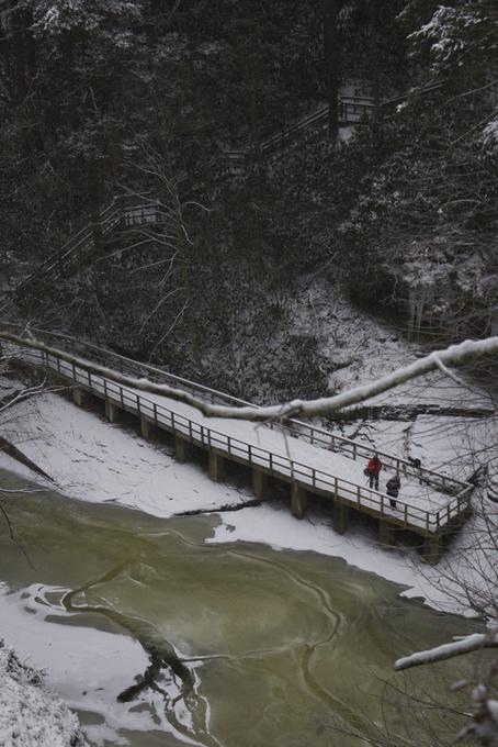 Silver Thread Falls winter